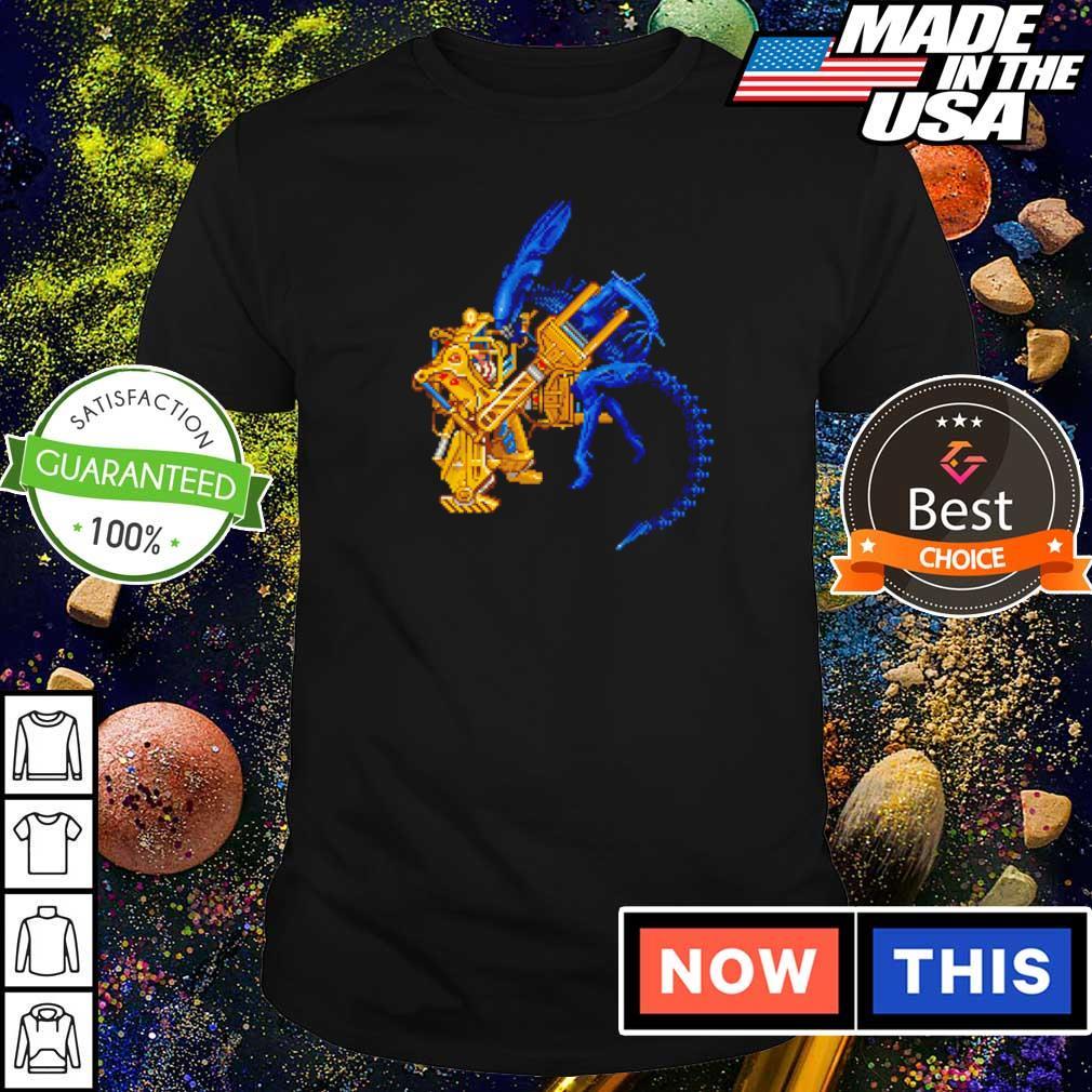 Aliens llen Ripley in a Caterpillar P-5000 shirt