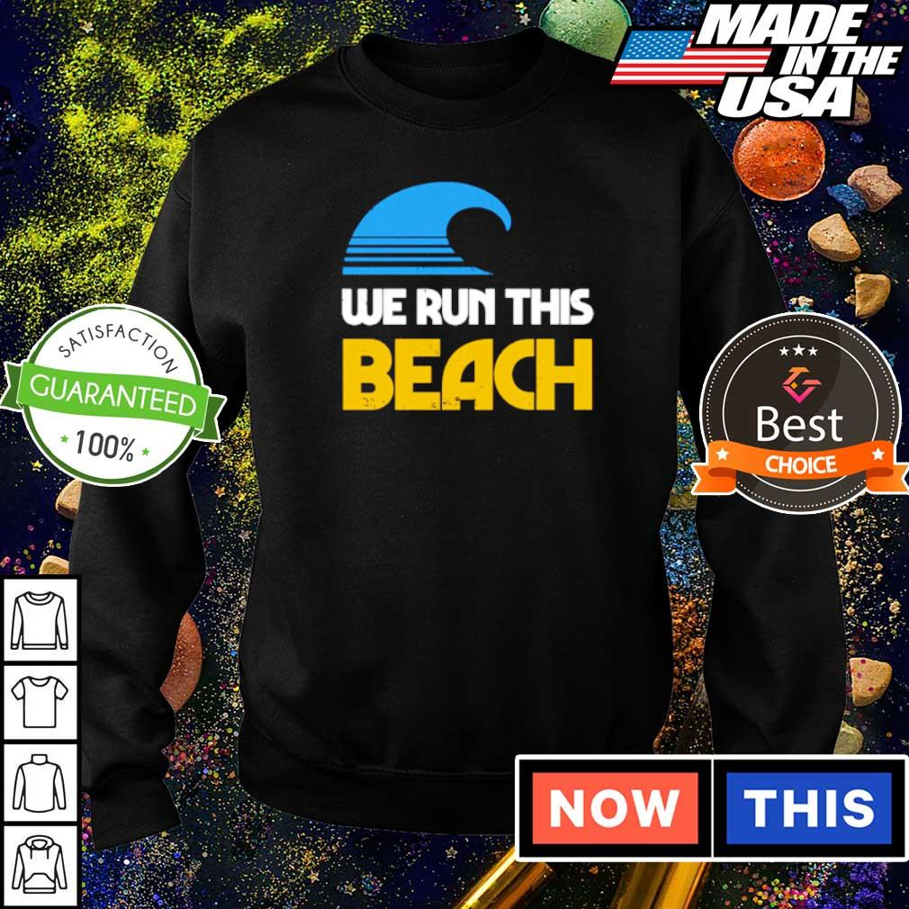 We run this beach s sweater