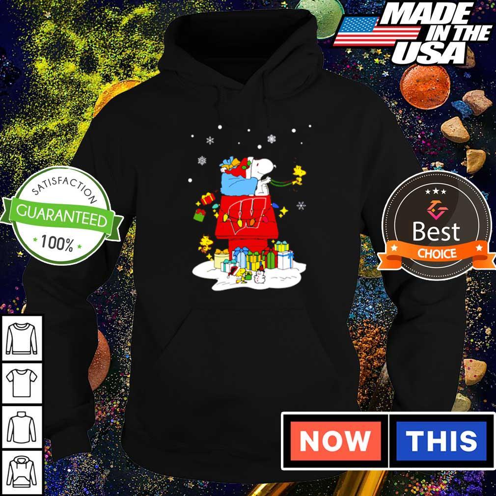Wisconsin Badgers Santa Snoopy merry Christmas sweater hoodie